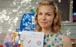 Justine Clarke Loves Story Box Library