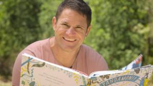 Steve Backshall Loves Story Box Library